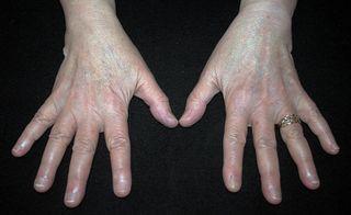 Hands6038