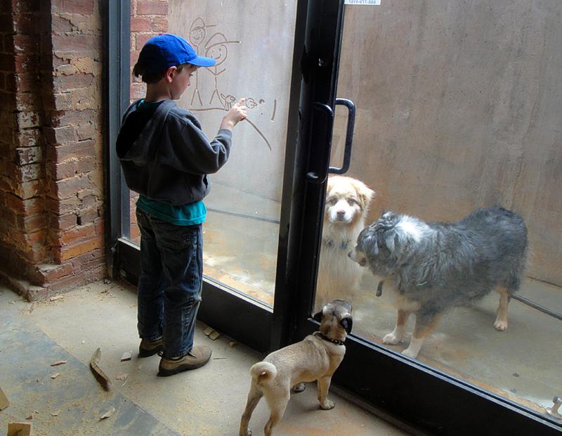 Karl&dogs2493