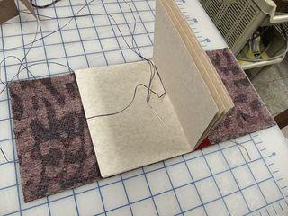 Sewinggraybook1062
