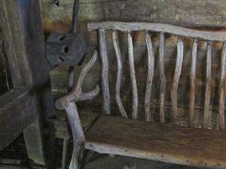 Loom&chair1909