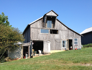 Barn at Airy Knoll9072