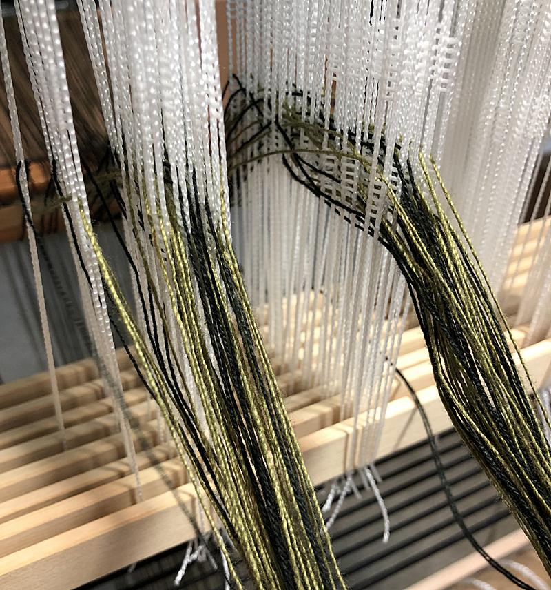 Threading8710
