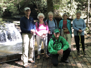 Hikinggroup0469